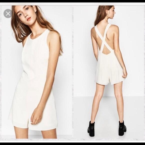 f55457db075c NWT Zara Romper Size Medium. M 5c637b8aa31c33029c5de286